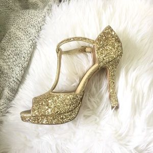 Gianni Bini Gold Sparkly Open Toe Heels Size 9